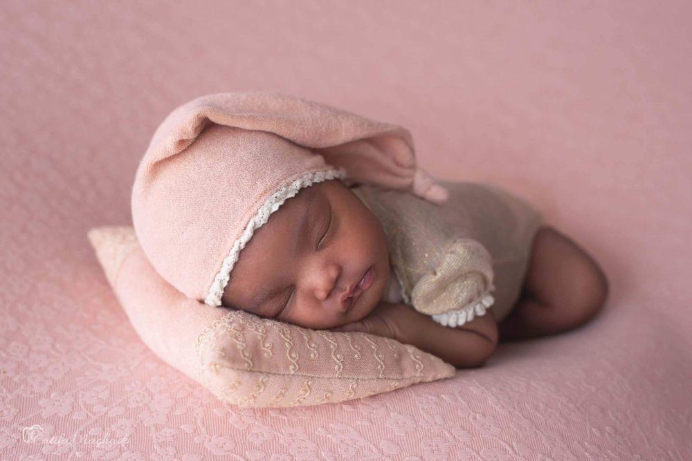 Entenda como funciona a sessão newborn?